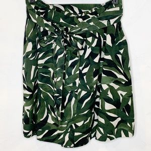 GAP Leaf Pattern Belted Skirt